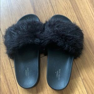 Urban outfitters slippers